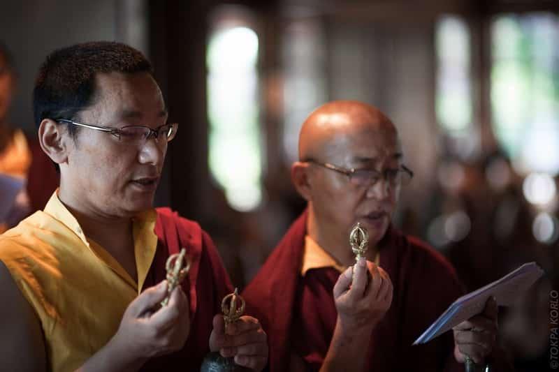 Shamar Rinpoche_Farewell_06_2014