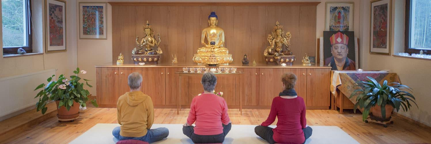 [:de]Meditationskurs mit Lama Yeshe Drölma[:en]Lama Yeshe Drölma – Meditation and more[:]