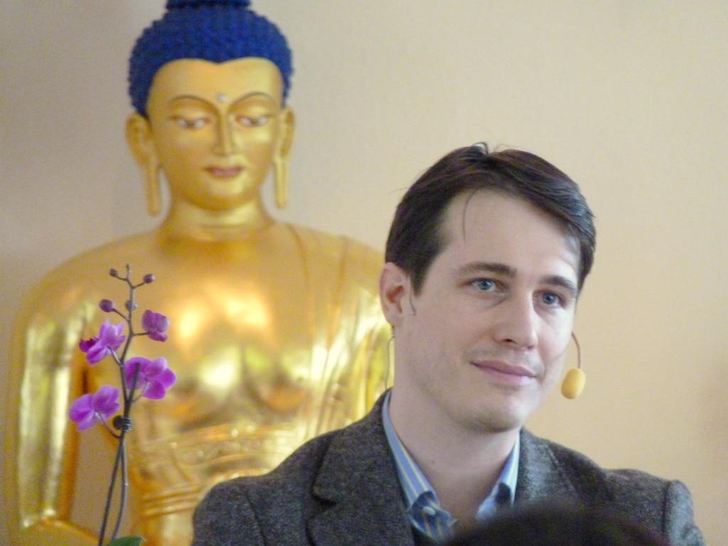 [:en]Trinlay Rinpoche – Meditation based on Mahamudra[:]